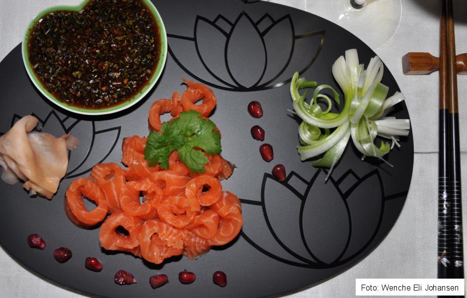 sushi 002.JPG